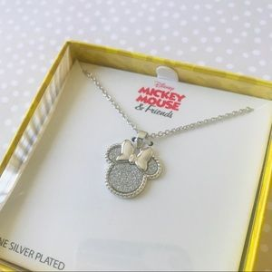 Disney•Minnie Mouse necklace